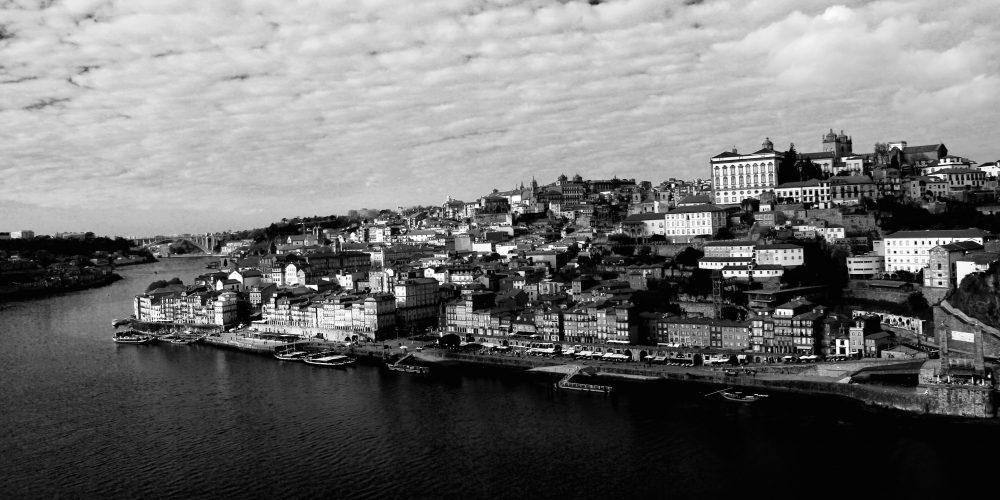 Porto edo Oporto ? Bi izen herri eder batentzat.